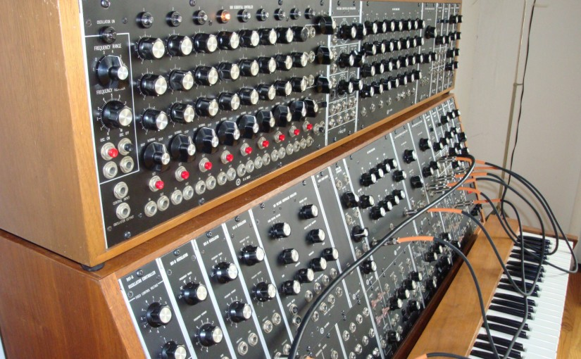 Vintage Moog Modular on eBay, Blue Distortion sucks